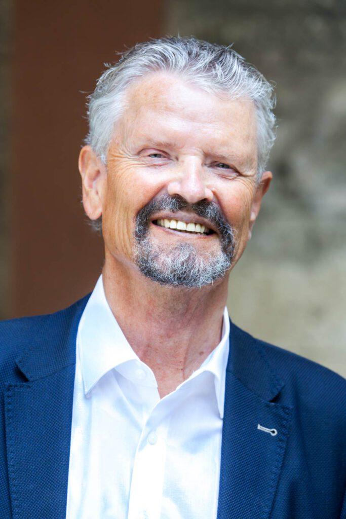 Dr. h. c. Gernot Erler, Unterstützer der SPD-Bundestagskandidatin Julia Söhne für den Wahlkreis Freiburg & Region
